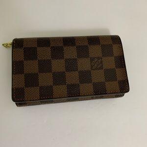Louis Vuitton Damier bifold wallet